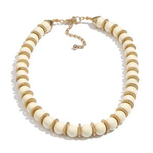 "Jewelry - Cream & Gold Bead Necklace 16-18"" NWT"